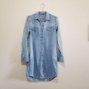Gap chambray mini length dress with pockets
